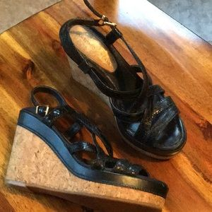Beautiful Antonio Melani wedge sandals